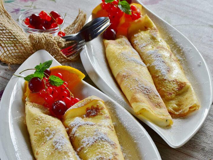 clatite-cu-fructe-de-padure