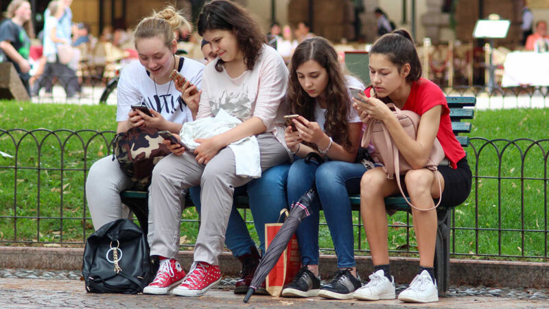 boala-telefonului-mobil