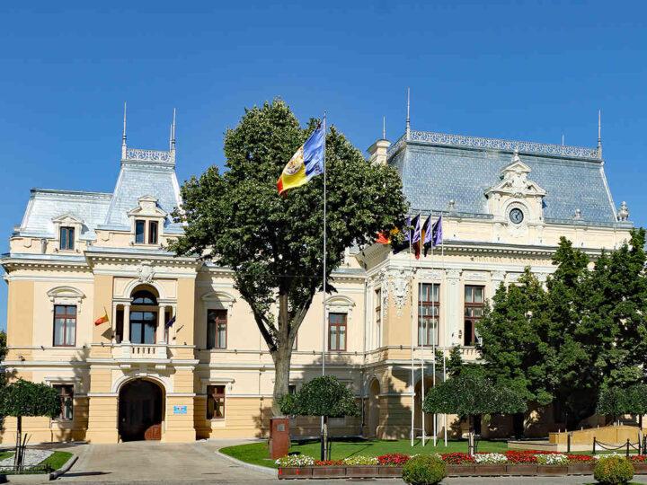palatul-roznovanu