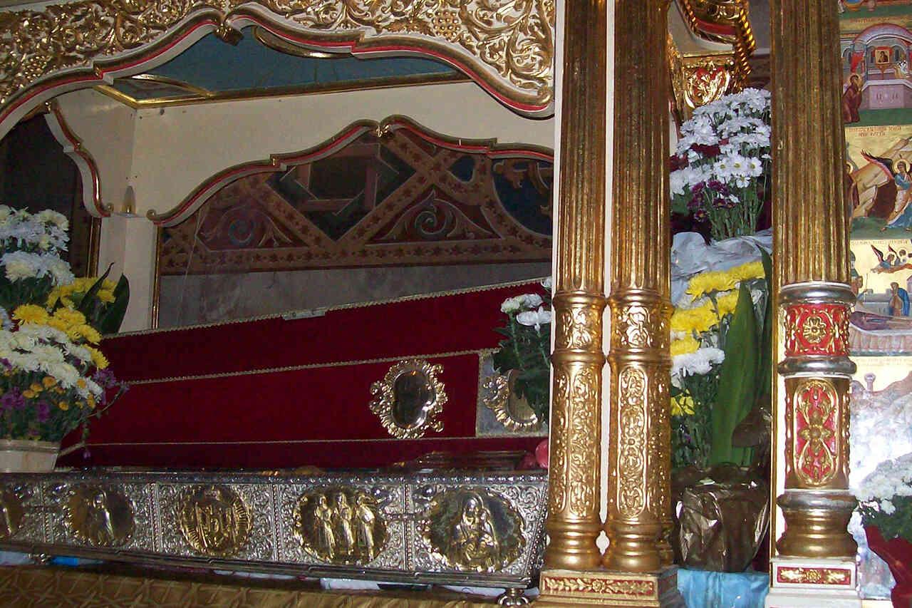 Sfânta Cuvioasă Parascheva, ocrotitoarea Moldovei