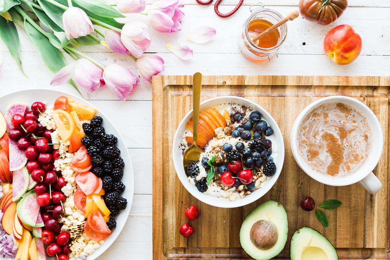 Poftele alimentare, tu cum reuşeşti să le controlezi?